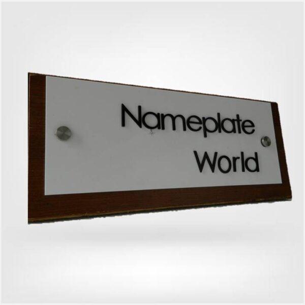 NameplateWorld